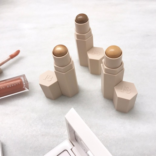 FENTY BEAUTY CONTOUR STICKS